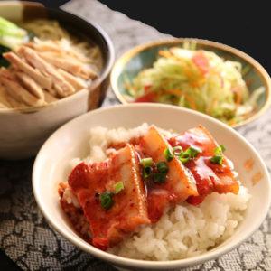 鶏肉入り麺セット 1,130円